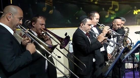 דני אבידני ותזמורתו - מחרוזת ניגוני חב
