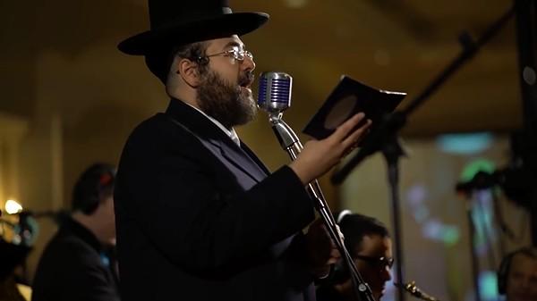 ישראל אדלר ומקהלת שירה - מחרוזת מיר